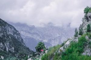 Albania, góry przeklęte, droga do Theth