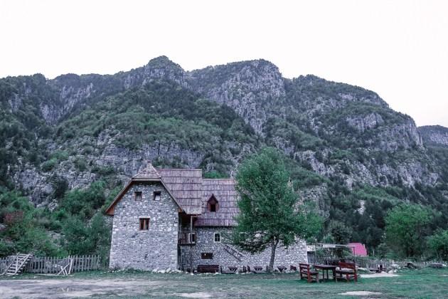 Albania, Theth, Shpella