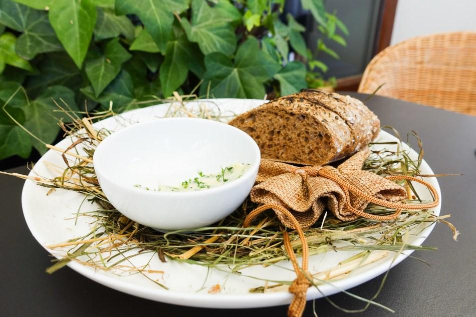 Bistro pod Sowami - restauracja na Pradze Północ - Szef Kuchni Damian Wajda