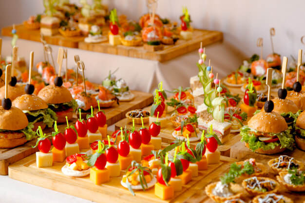 Things To Consider When Searching For Home Catering Services Lazzat Catering