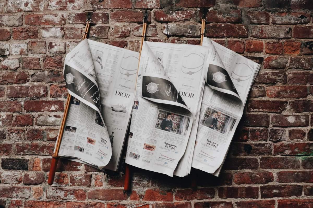 Journaux suspendus