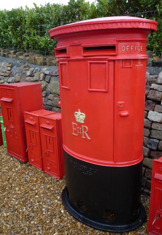 Private use of antique Royal Mail pillar boxes or post boxes