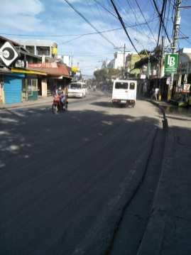 Lope Avenue, Brgy. Batong Malake, Los Baños, Laguna (Larawang kuha ni Jewel Cabrera)