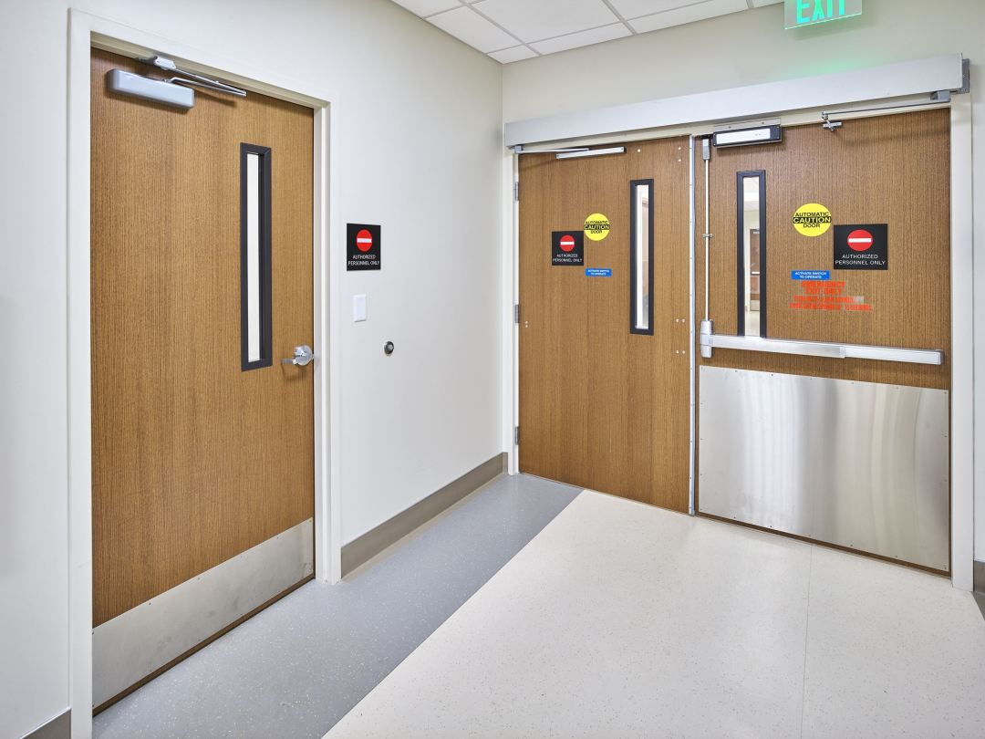 Cypress Creek Medical Pavilion automatic doors