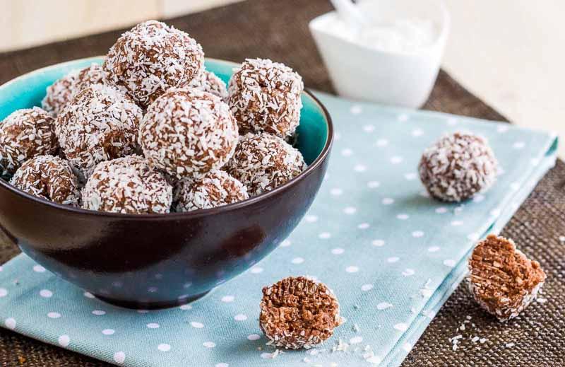 bilute de cacao si cocos lchf, un desert natural,sarac in carbohidrati