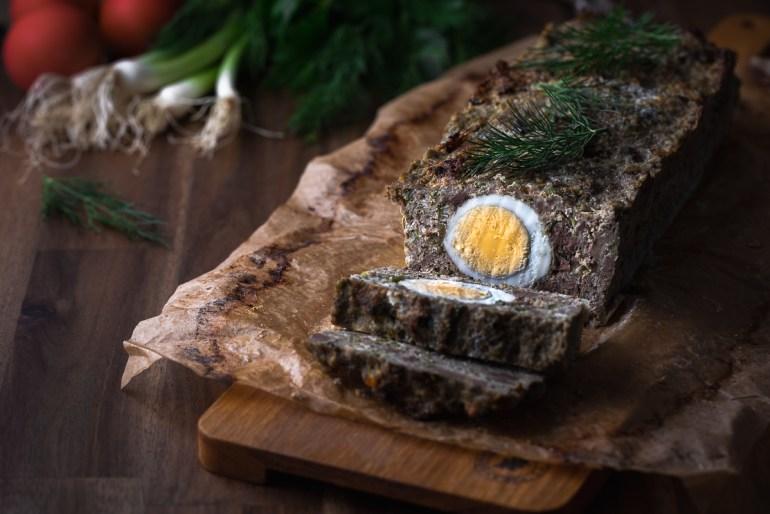 drob de miel pentru masa de Paste cu oua fierte si verdeata