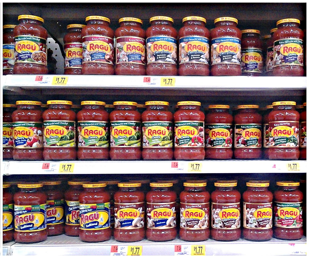 The varieties from @Ragu are endless! Bet you can't pick just one! #SimmerInTradition