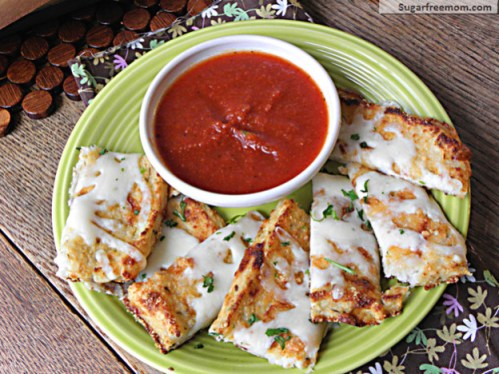 grain-free-low-carb-cheesy-breadsticks3-624x468
