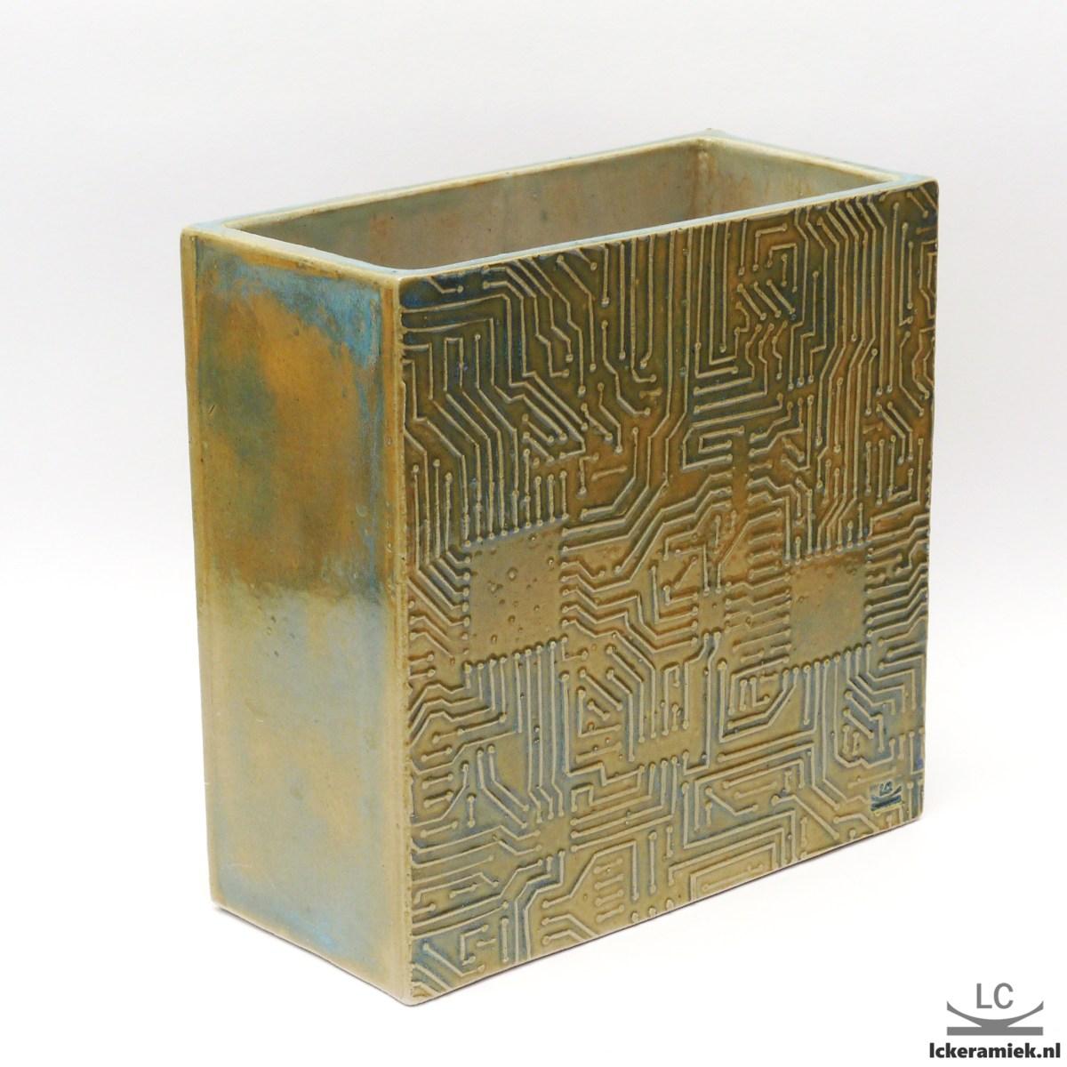 Steengoed vaas met printplaatprint