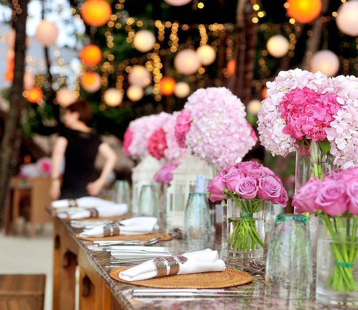 Different Shades Of Tradition. Four Careful Ways To Incorporate Colour Into Your Wedding
