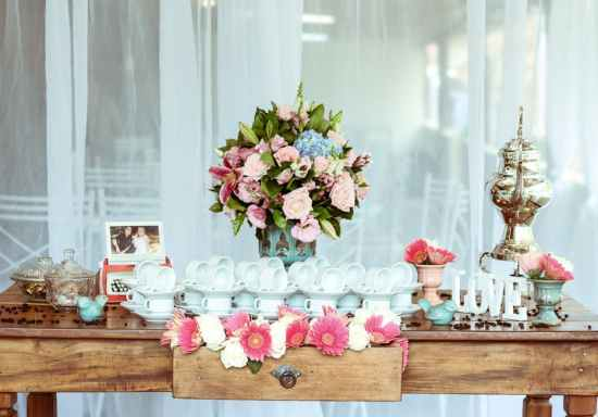 Let's Talk Weddings - Touches For The Big Day That You Can Arrange Entirely Online!