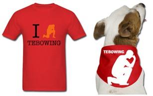 Tebowing旋風,連T-Shirt也熱賣。