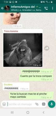 Riña01