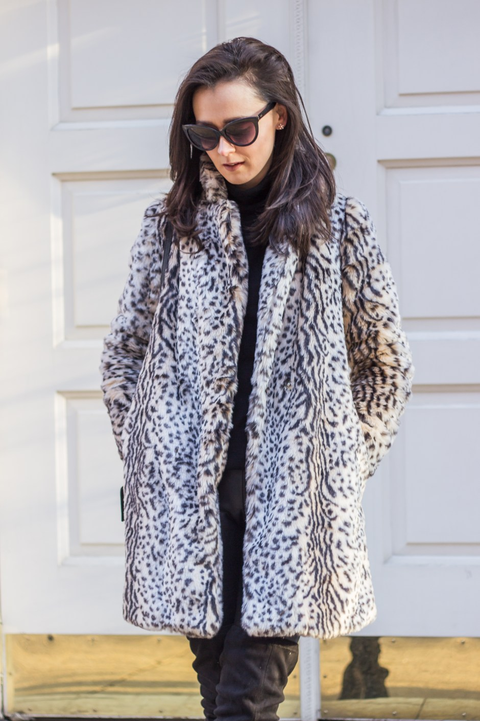 NYC Blogger: faux fur coat and over the knee boots 5