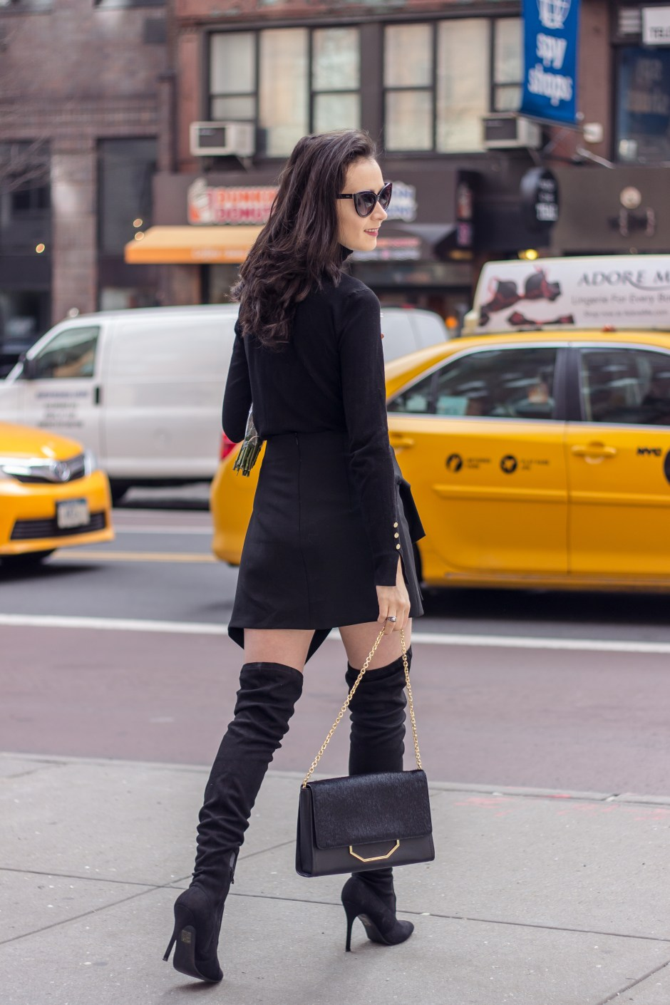 NYC Blogger: How to wear all black 6