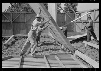 Library of Congress, Prints & Photographs Division, FSA/OWI Collection,  LC-USF33-011536-M3