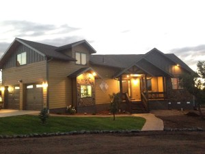 Custom Homes & Cabins