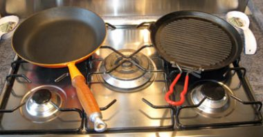 Heavy base frying pan and cast iron griddle