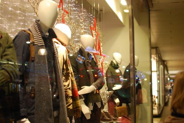 DSC 0738 610x408 Londons Best Christmas 2012 Window Displays