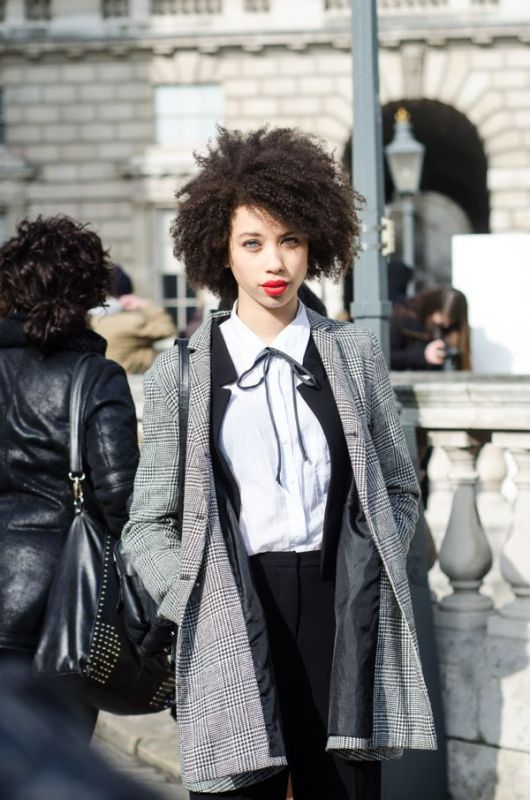 london-fashion-week-street-style - 4
