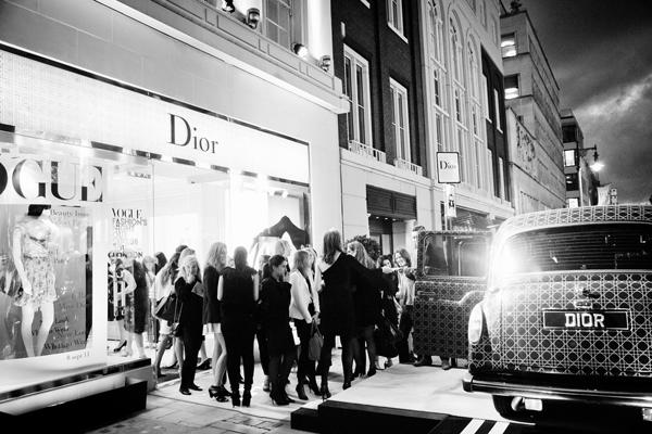 fashions-night-out-london