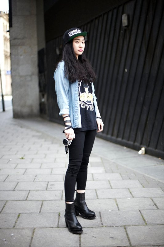 Street Style Day 3374