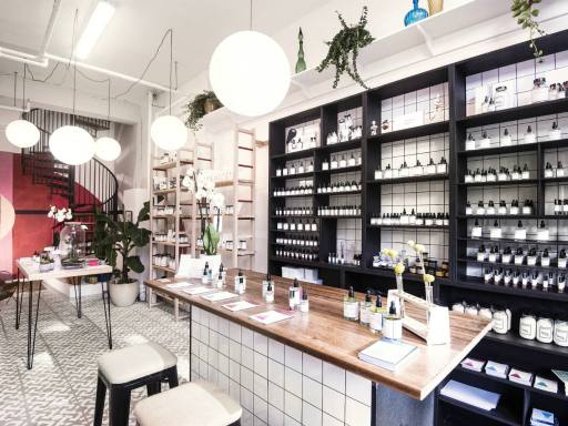 anatomē opens store at St James's London