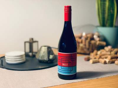 The perfect Christmas gift for wine lovers, that lasts the whole year. 12