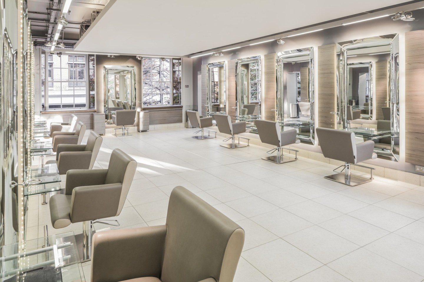 Richard Ward Salon