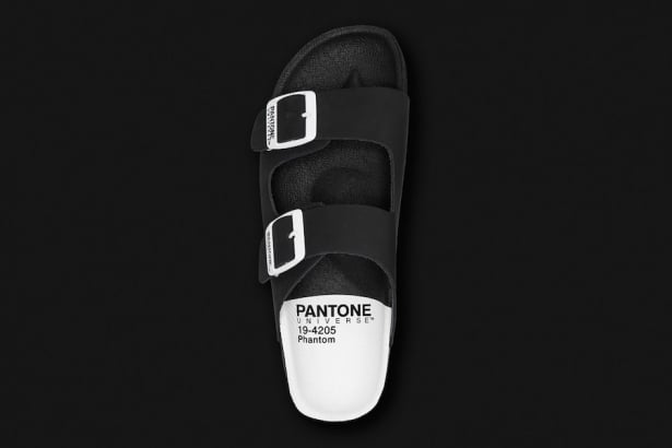 # Pantone Universe Footwear 12 款春夏配色:穿上就是現成色票 3