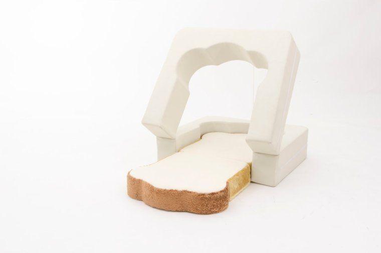 # 悠懶睡在麵包上:來自日本製的純手工「Pan Bread」沙發床 3