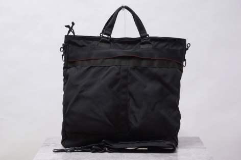 # Bag Yourself 007:軍事風格大盛,「頭盔包」從何而來報你知! 9