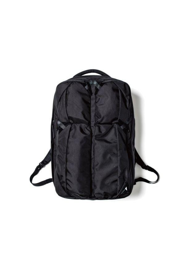 # 日本新銳包袋品牌 NUNC 新作登場:機能美學之最 10
