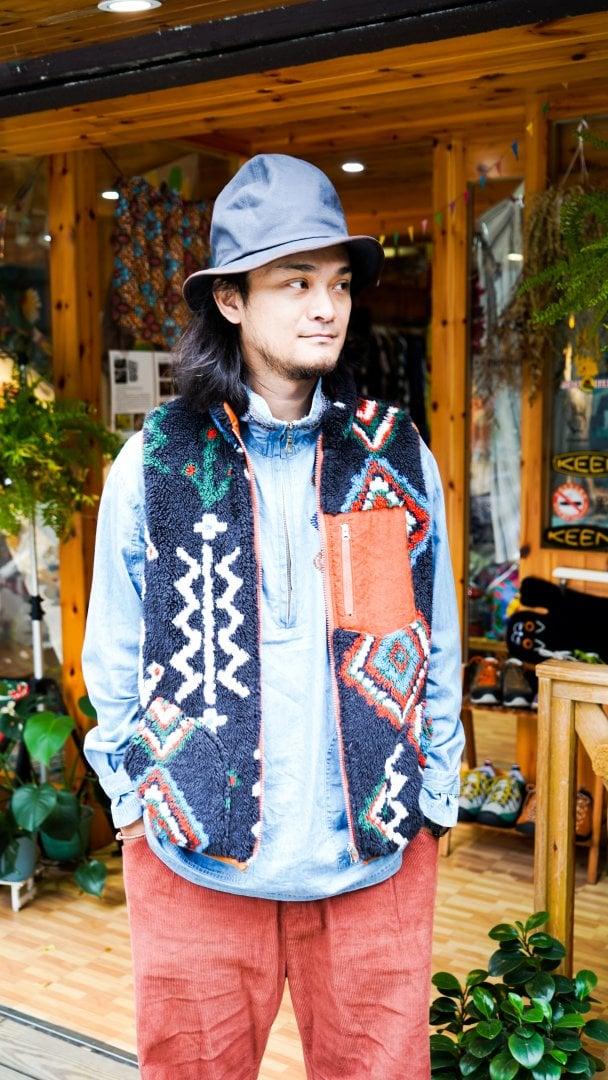 # Shop Staff Snap:溫差好幫手,善用背心打造冬季層次穿搭 5
