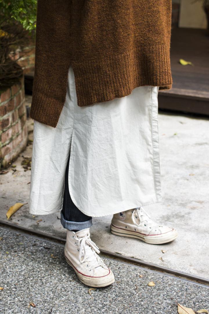 # Shop Staff Snap:善用輕色系,長版針織衫也能營造輕盈視覺感! 3