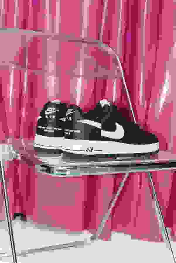 # Supreme × COMME des GARÇONSSHIRT × Nike:聯名鞋款終於將在本週登場 7
