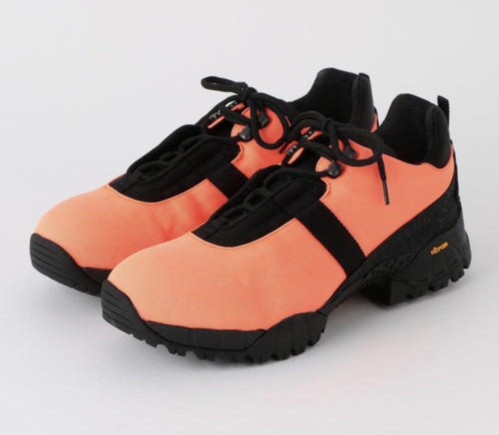 # In Your Shoes 023:2019年代表色「活珊瑚橘」,先從鞋款下手走在時尚前鋒! 3