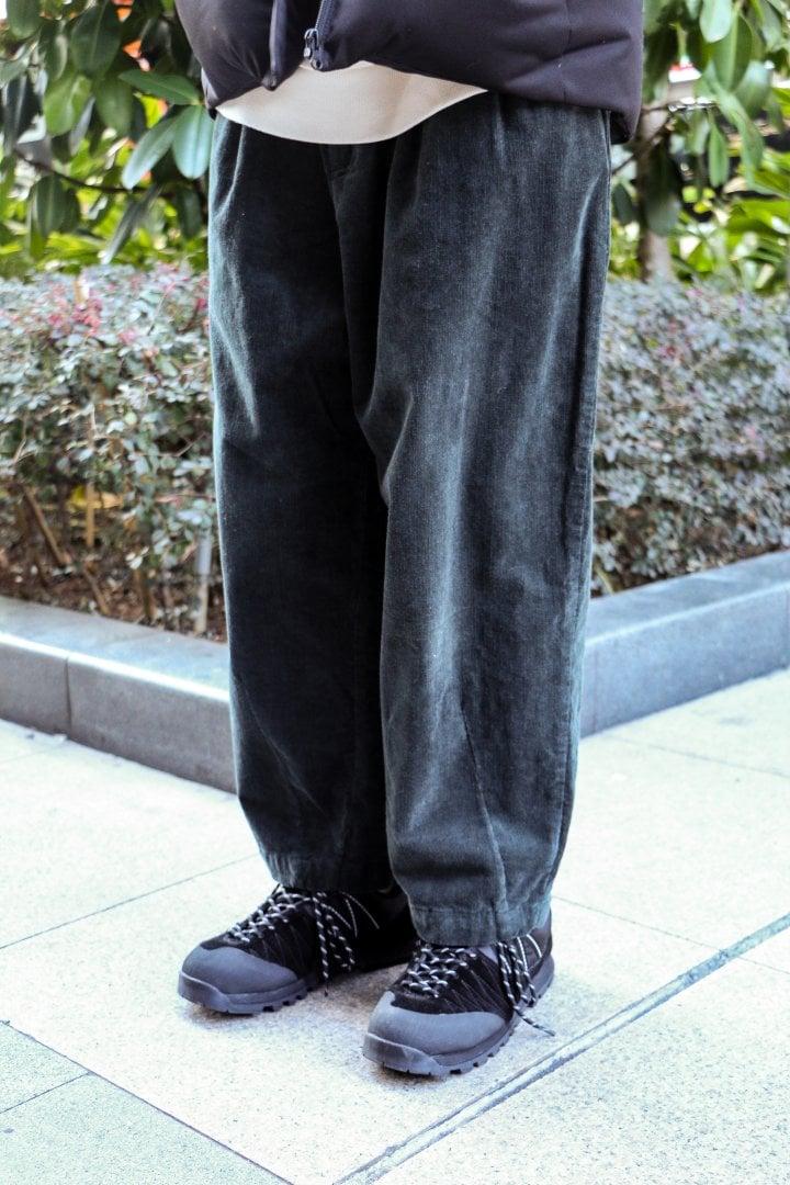 # Shop Staff Snap:適合戶外徒步的務實派穿搭 1
