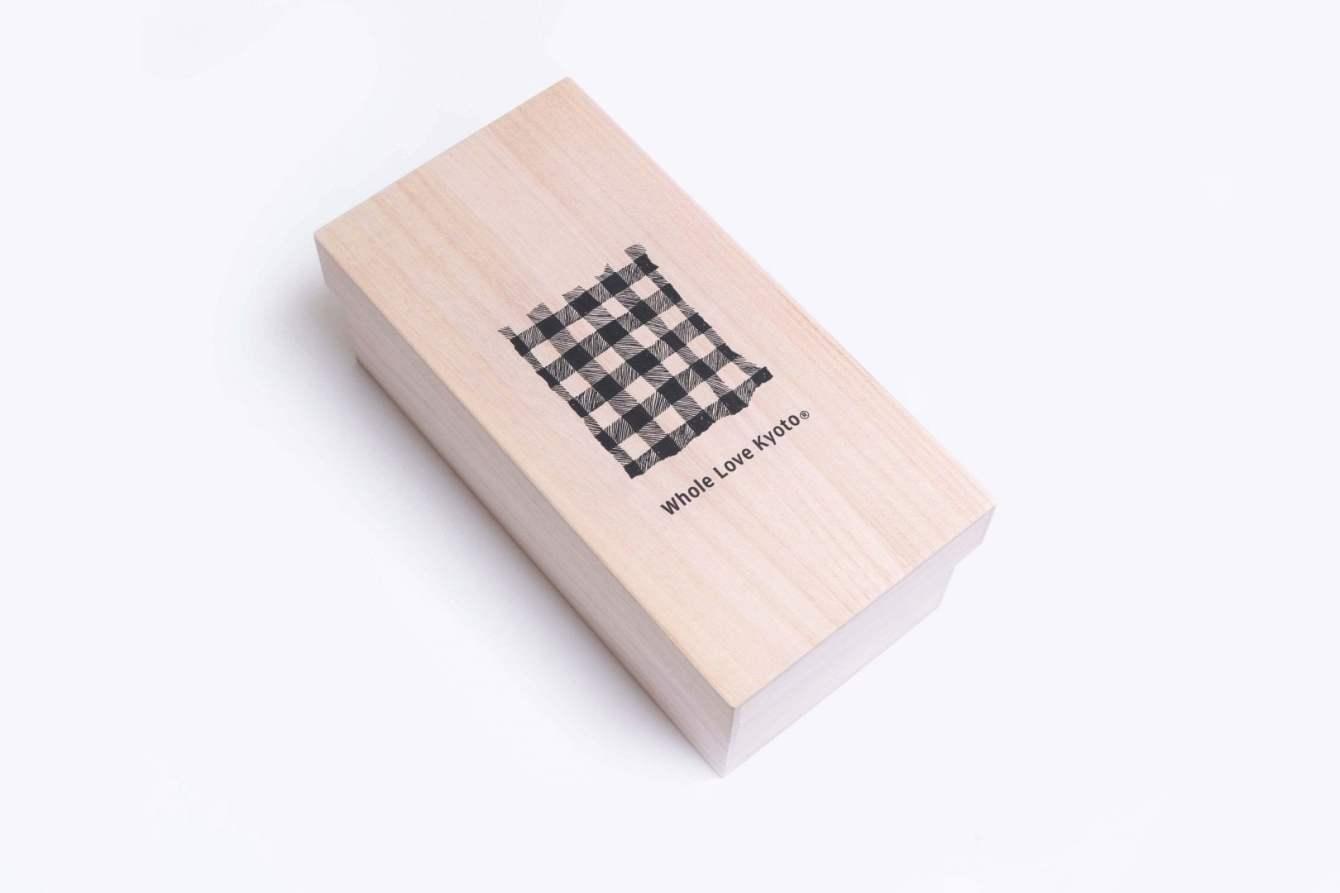 # 木屐也能和球鞋結合:京都品牌 Whole Love Kyoto 於 Beams Japan 展開期間限定店鋪 7
