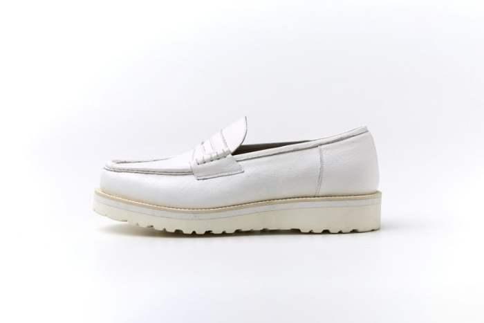 # 穿上他的鞋,踩在石頭上都如海綿般舒適柔軟:H.KATSUKAWA 「HONESTY WHITE」系列登場 13
