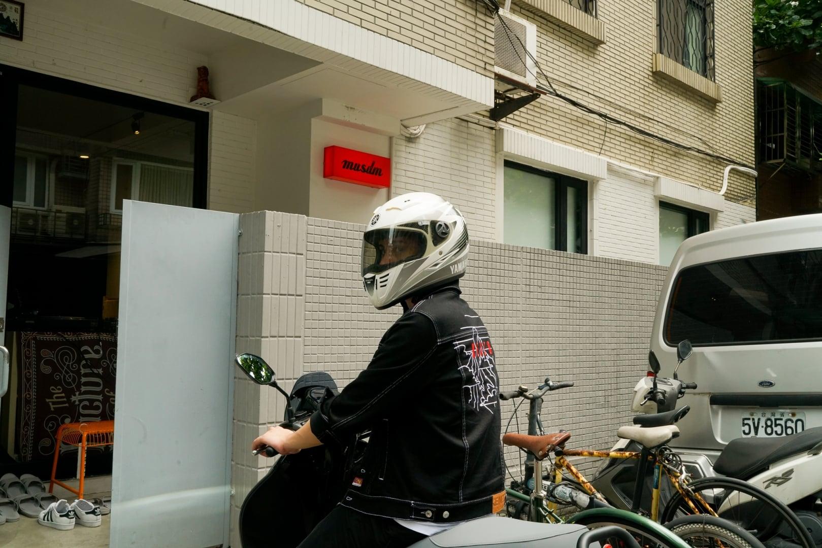 # YAMAHA × Gogoro EC-05 漫遊記:CYBERFUNK 創作人的一日踩點! 3