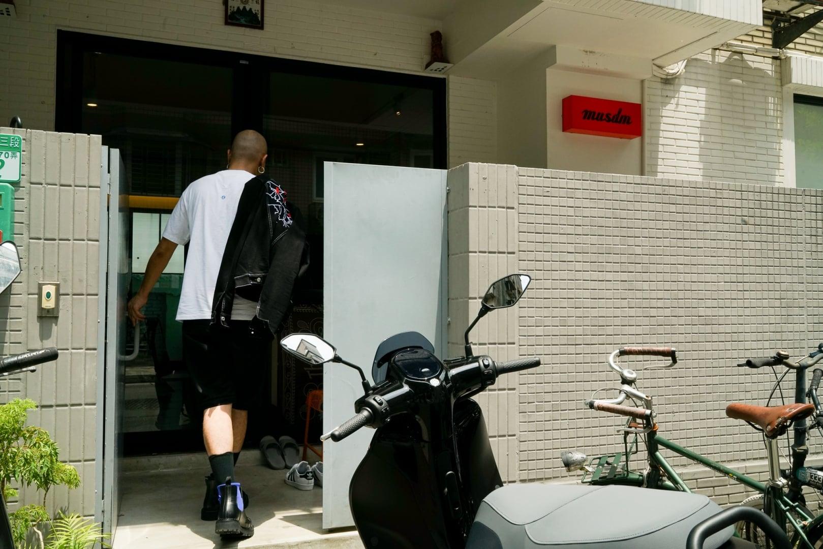 # YAMAHA × Gogoro EC-05 漫遊記:CYBERFUNK 創作人的一日踩點! 6