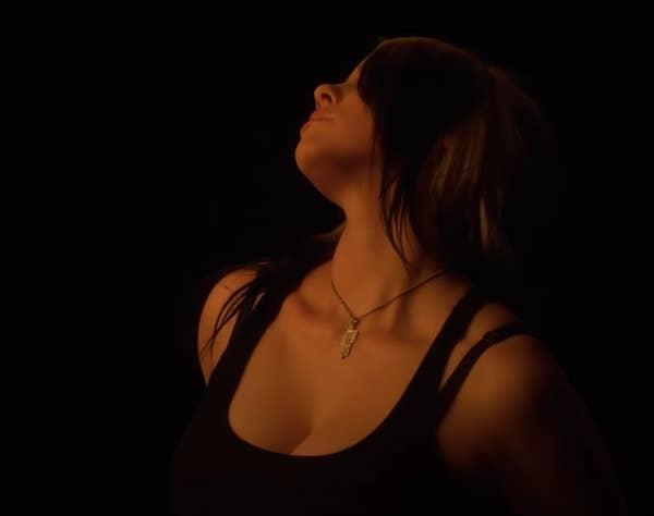 #你的想法與我無關:巨星接班人 Billie Eilish 對抗酸民 Body-Shaming 10