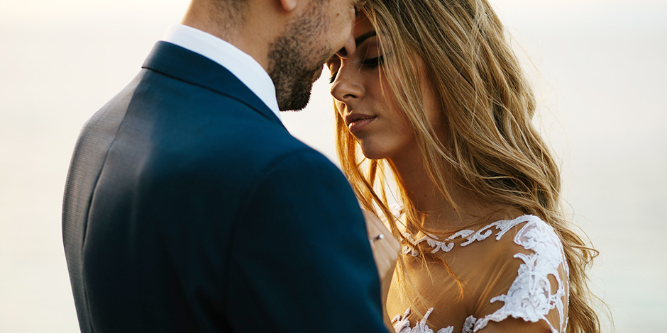 15 Ways to Stay Calm on Your Wedding Day