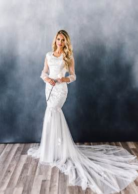 4 Modest Wedding Dress Designers - Elizabeth Cooper