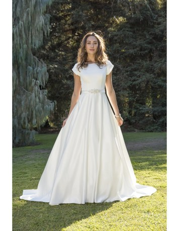 4 Modest Wedding Dress Designers - Venus Bridal