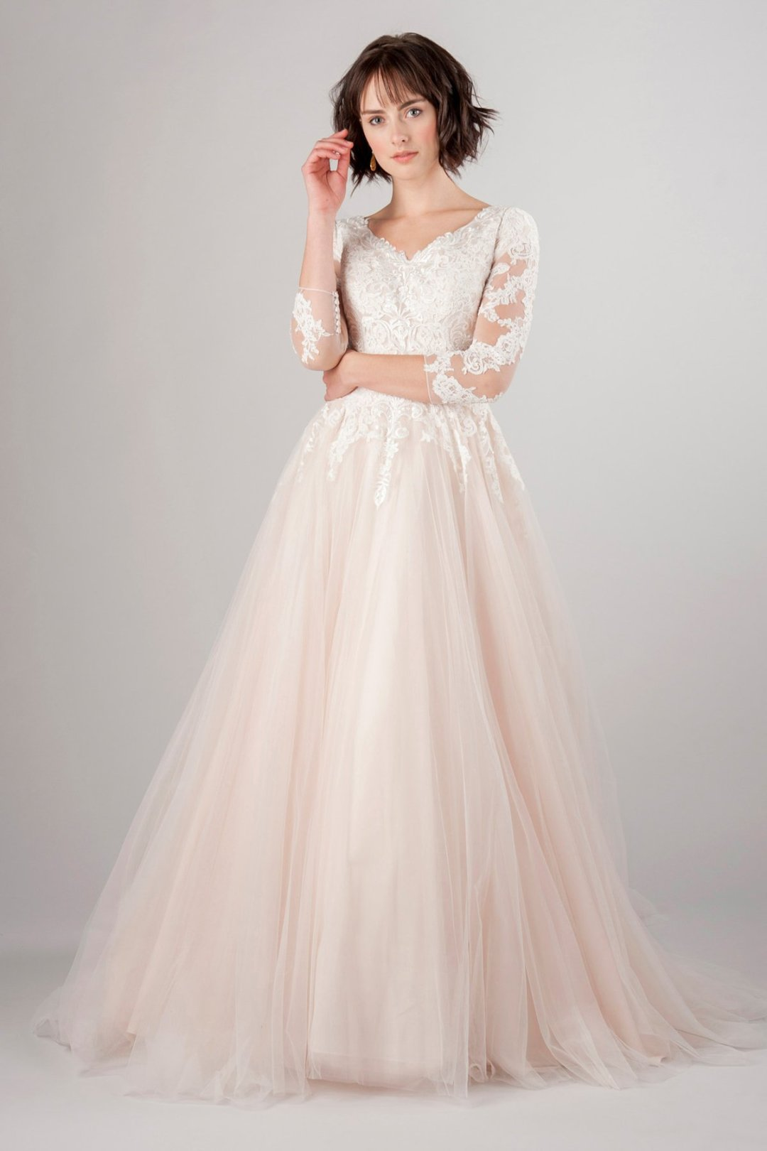 25 Modest Ball Gown Wedding Dresses - 7