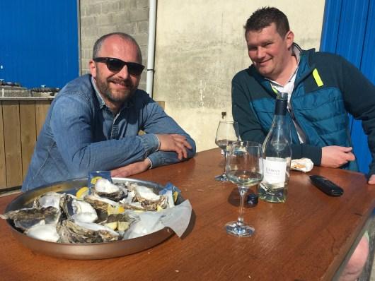 bar à huîtres et moment convivial