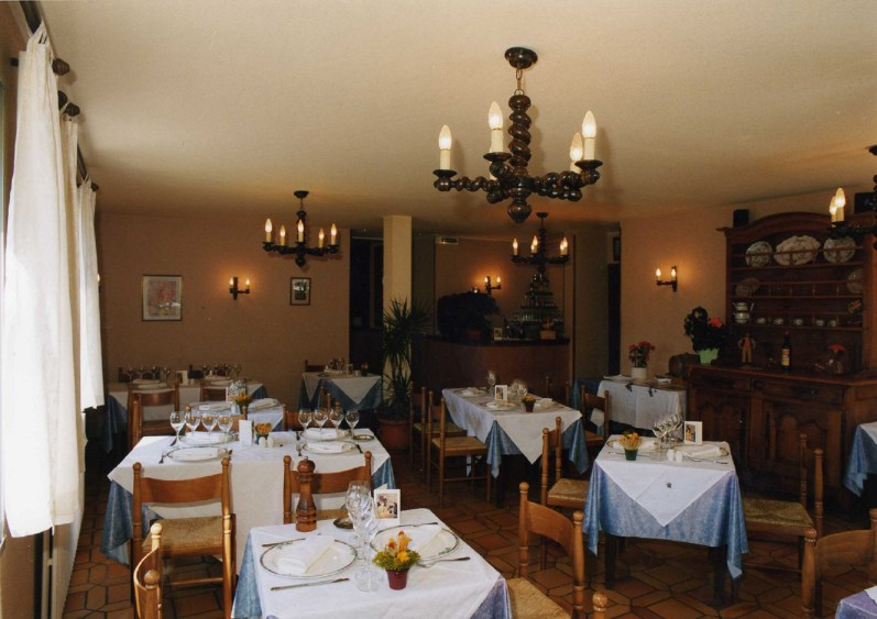 salle de restaurant Le chalet 1998