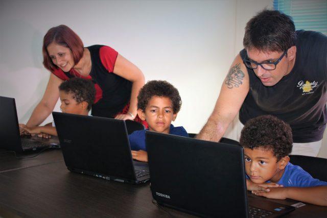 Élèves en clubs informatique
